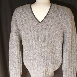 Jantzen Mens V neck, long sleeve sweater, Size Med
